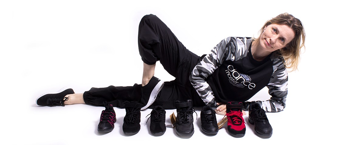 How to choose dancing sneakers?