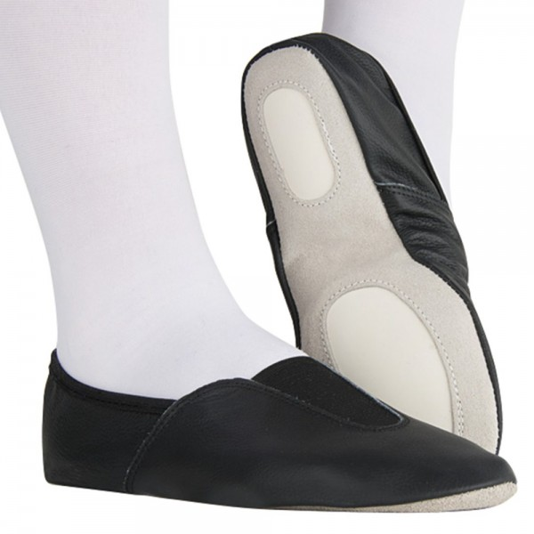 Women's leather gym shoes